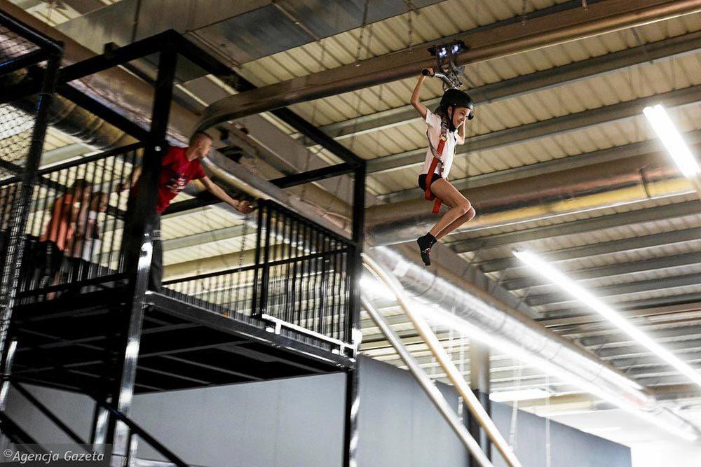 Indoor Amusement Park Zipline-2