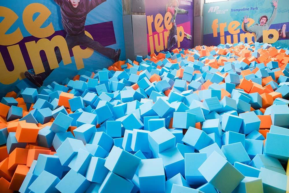 Trampoline Park Foam Pit Foam Cubes