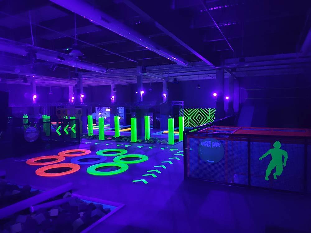 Spain Madrid Pokiddo Trampoline Park Glow Party