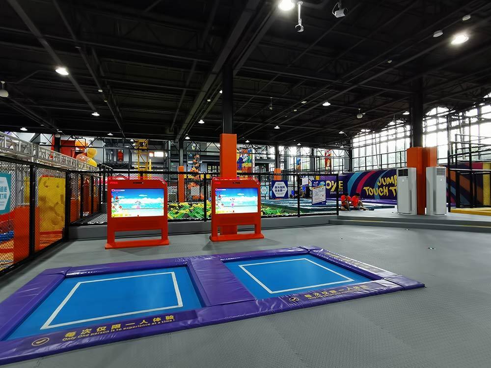 Huzhou ONE Indoor Trampoline and Adventure Park(7)