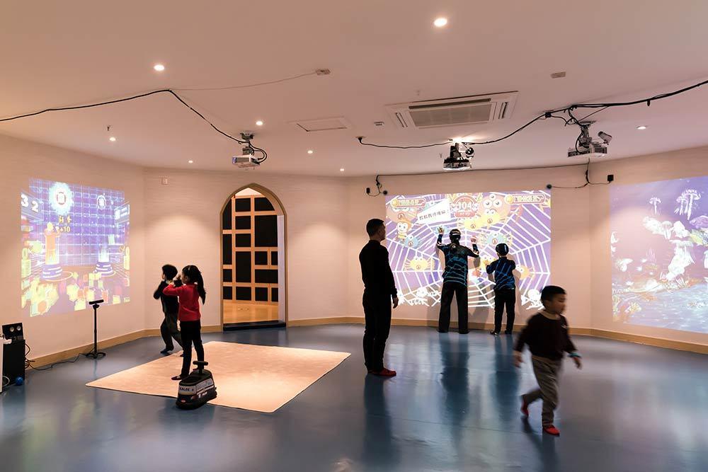 Wenzhou Pokiddo Trampoline Park Interactive Games