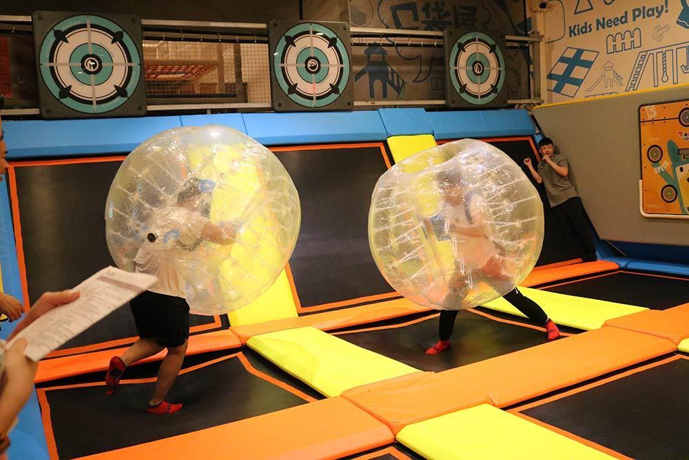 Trampoline Park Team Building Bubble Ball Fight