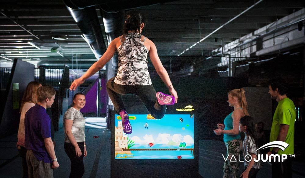 Valo Jump on Trampoline