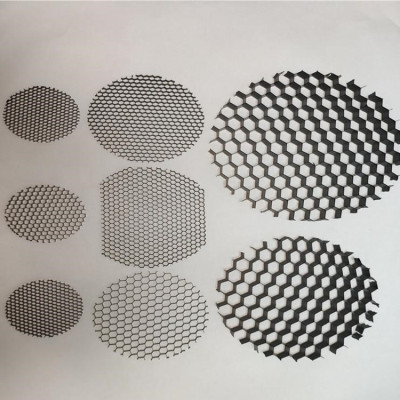 Custom aluminum honeycomb louver for lighting