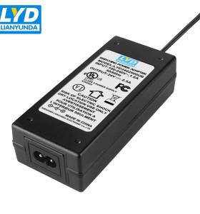 Adaptador de alimentación de conmutación de escritorio UL1310 C8 24V 2.5A
