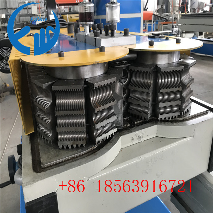 one mold can make how many size corrugated pipe making machine
