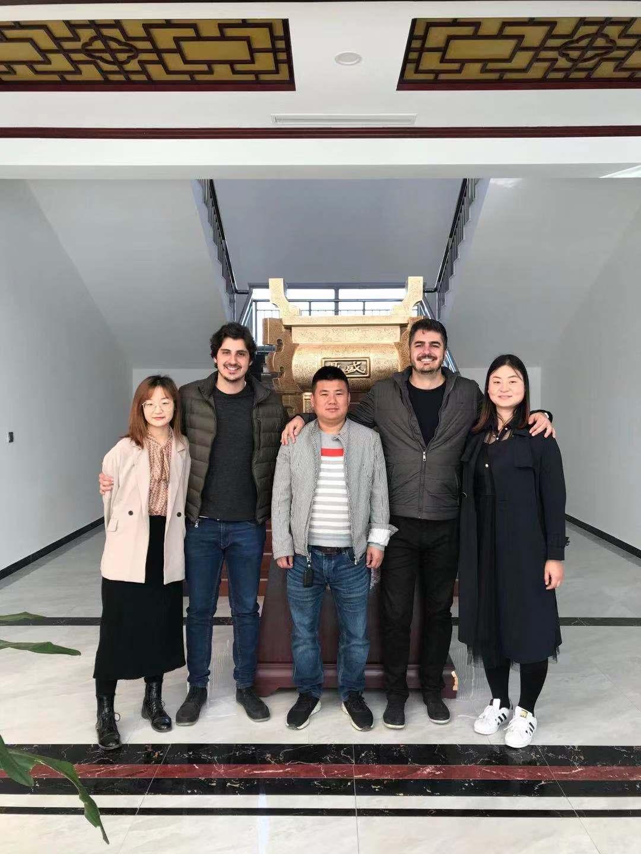Brazilian customer visits factory-rubber sheet