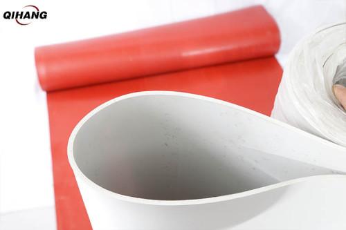 السماكة: 1-20 مم Mat حصيرة مطاطية بيضاء ، نوع التغليف: لفة
