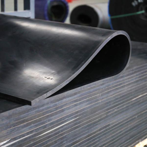 Hersteller von stoßdämpfenden Gummiplatten (1 m × 2 m × 1 Zoll)