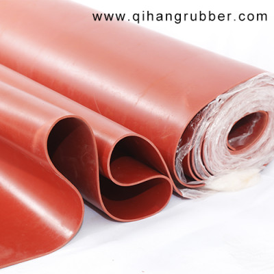 Glattes rotes Gummibodenblech , zum Schutz des Bodens