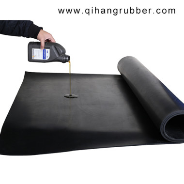 What are the main properties of oil resistant rubber sheet?