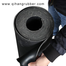 Factory direct sale high tensile cloth inserted rubber sheet supplier