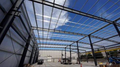 Oversea Prefab Metal Steel Structure Warehouse Project With Hoist Equipped