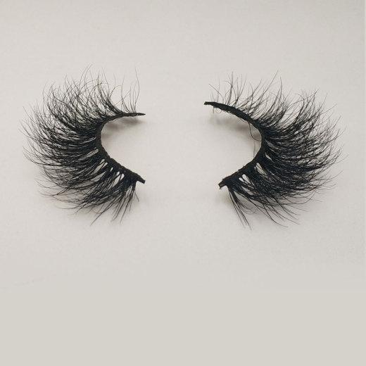 Cautions for using false eyelashes