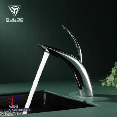 OUBAO Brass Faucet Modern Single Hole Basin Mounted Bathroom Vanity Sink Basin Faucet