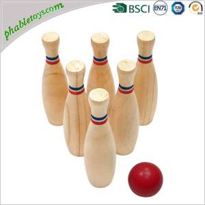 Wooden Skittles Ball Games / Wooden Backyard Garden Lawn Throwing Bowling Games Set