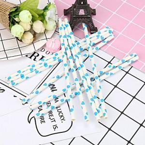 中国メーカーによる生分解性材料のストローで青いハートの紙と2019白