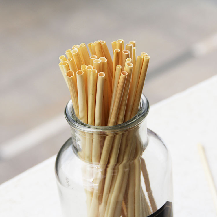 hot healthy wheat straw