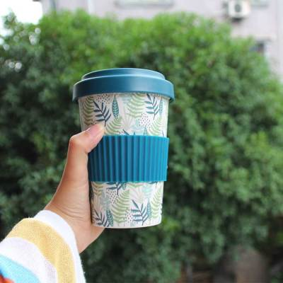 Spuntree Biodegradable reusable 450 ml bamboo fiber coffee cup with silicone lid and sleeve