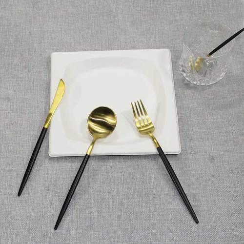 メーカー卸売304ステンレス鋼カトラリーフォークとスプーンは、ナイフとフォークセットをカスタマイズすることができます