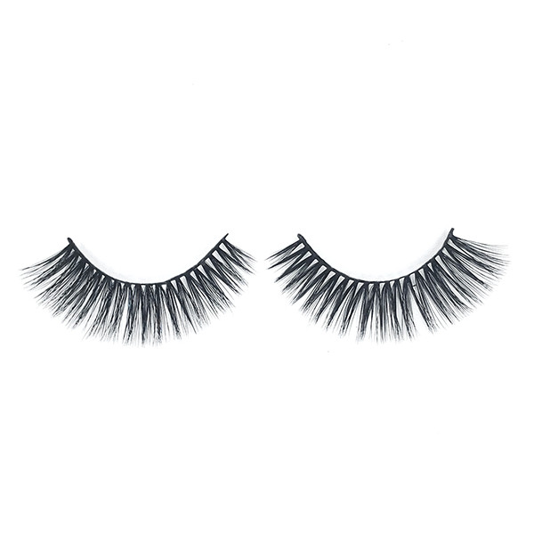 Natural Look  Cooco Crisscross Deluxe 3D Layered Effect Faux Mink Lashes