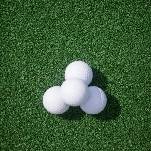 Golf game artificial grass