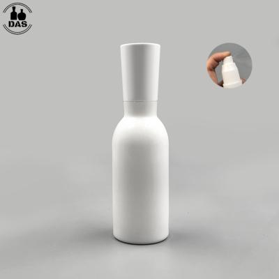Botella de loción cosmética de vidrio blanco opaco de 120 ml 4 oz con rociador