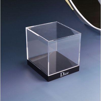 Amazing acrylic display box