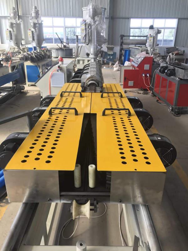 PP/PE vacuum forming corrugated pipe extrusion machine-Zhongkaida Plastic Machinery