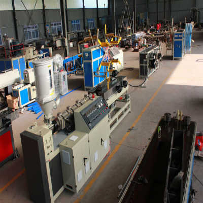 High speed single-wall corrugated pipe extrusion line