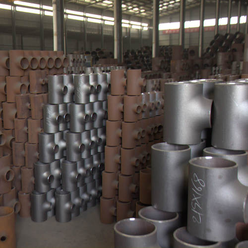 JS FITTINGS Supply Offer Butt Welded Seamless Pipe Tees