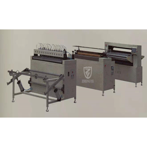 Full-auto knife paper pleating production line