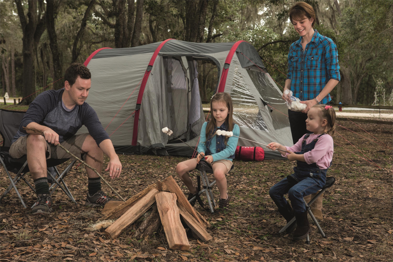 四人充气帐篷