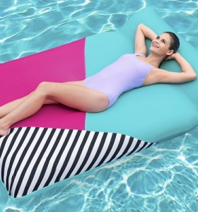 Bestway Extrava Fabric Float 43305 applicable for all