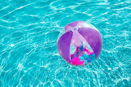 Bestway  Flirty Feather Beach Ball  31051 for child ages 2+