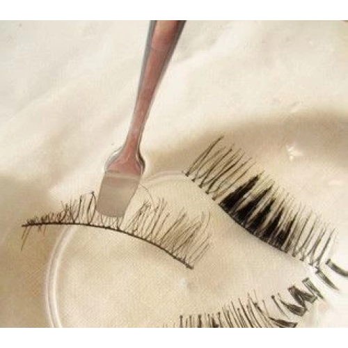 Can false eyelashes be reused?