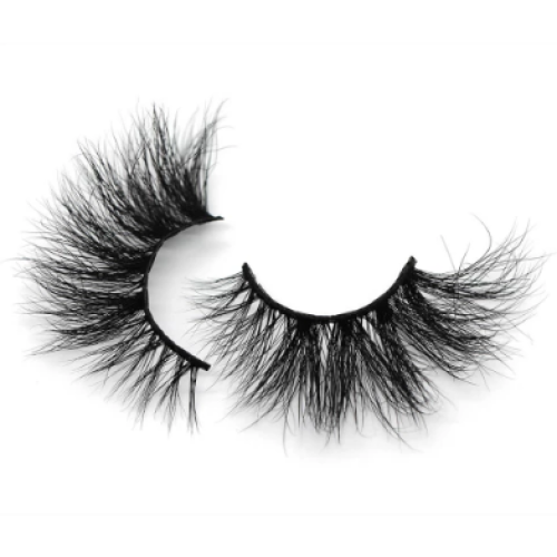How to clean and maintain false eyelashes?