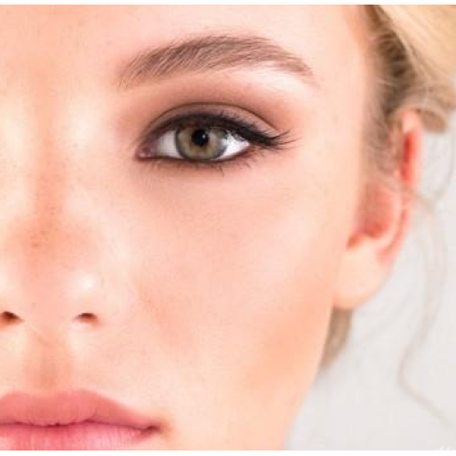 Is it difficult to wear false eyelashes? It's as simple as becoming a master of eyelashes.