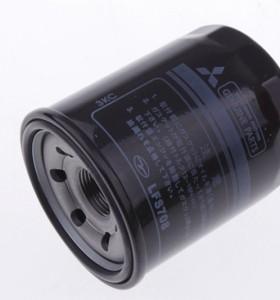 OEM أفضل نوعية قطع غيار السيارات محرك تصفية النفط لميتسوبيشي أوتلاندر ولانسر MD135737