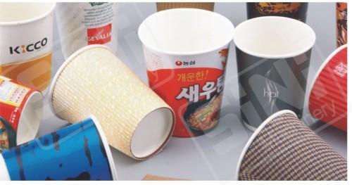 Máquina formadora de vasos de papel de alta velocidad