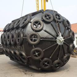 China Floating Marine Cushion PU Skin Closed-Cell EVA Foam Core Fender