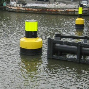 Polyurethane Coated Foam Filled Floating Donut Fenders on Poles for Ship Guarding