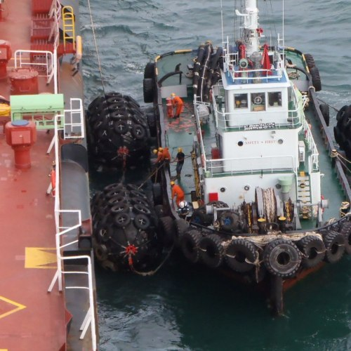 Floating Sling Type Pneumatic Rubber Fender with Good Air Tightness for LNG Jetty