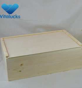 Custom made painting wooden wine box for packing