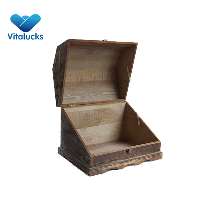 wooden hinged box