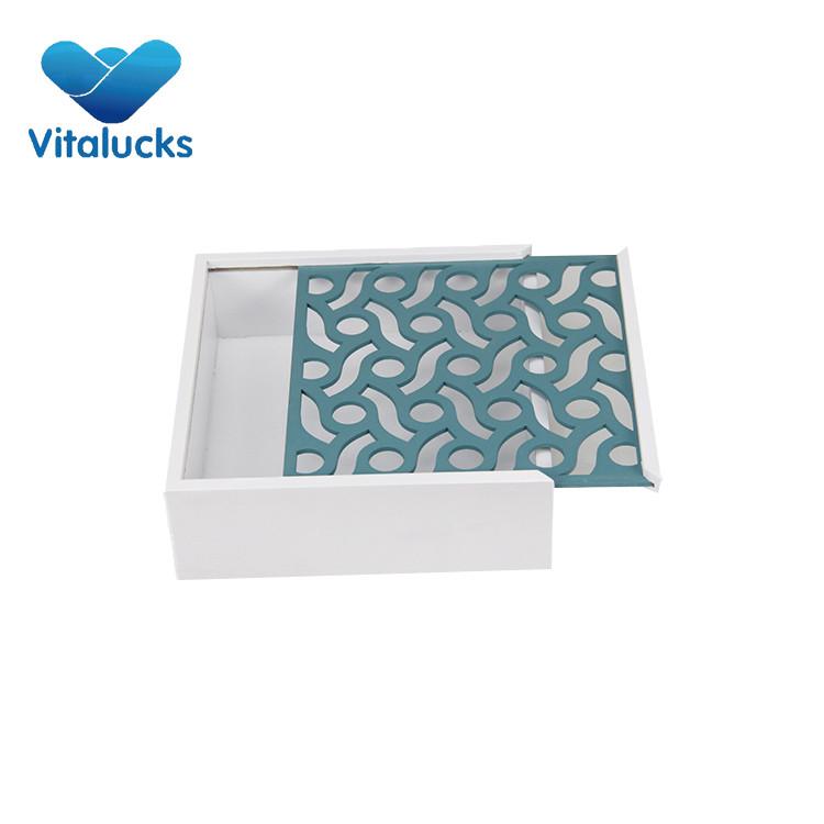 wooden box slid lid