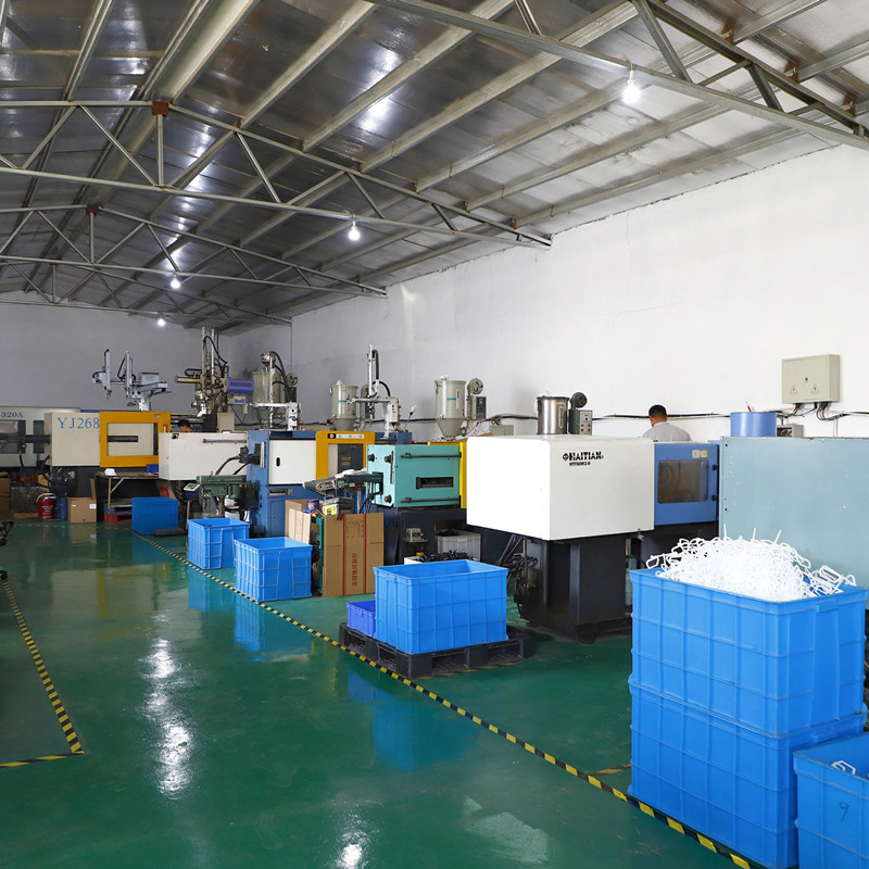 injection molding parts factory