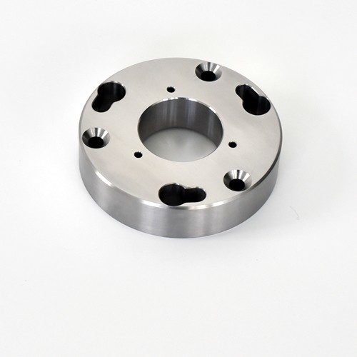 SUJ2 materials are used in precision machining parts of machinery and equipment