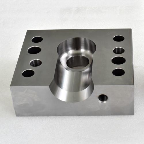 Прецизионная обработка штампованных стальных материалов штампованных деталей