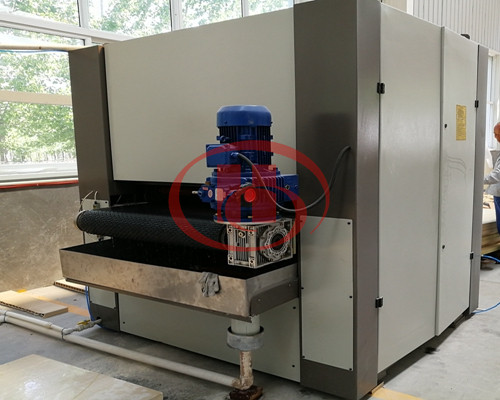 WPC door sanding machine
